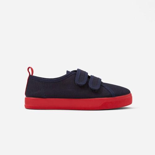 Boy canvas sneakers