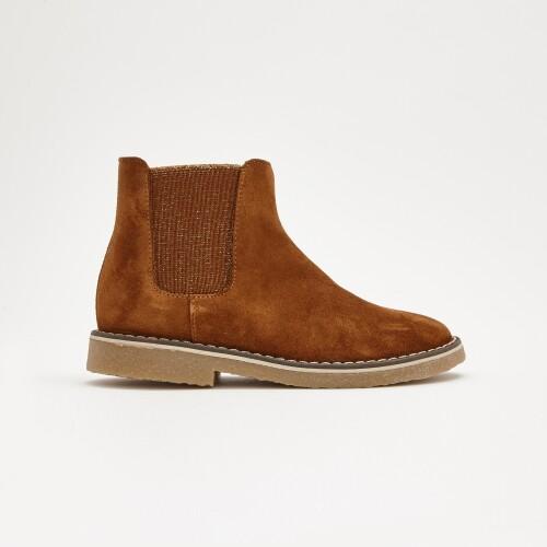 Girl Chelsea boots
