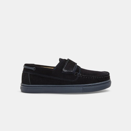 Boy boat shoes