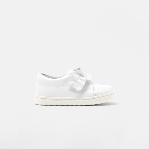 Baby girl low-top leather sneakers