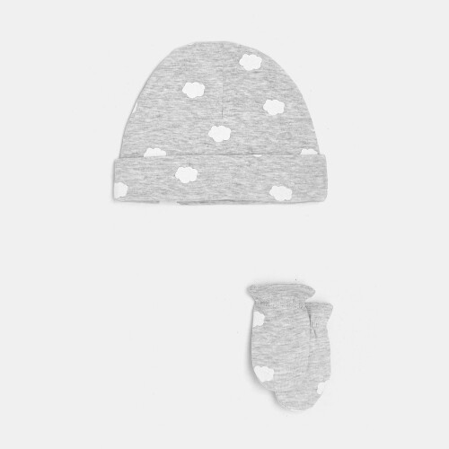 Baby cap and mittens set